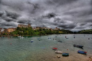 San Vicente de la Barquera en la Costa de Cantabria