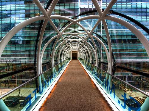 Puente del hospital de St. Michael's en Toronto